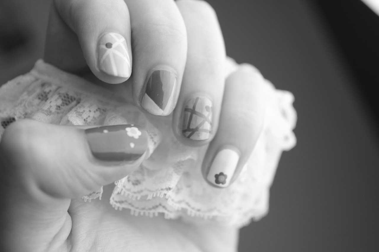 conflicto en uñas